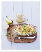 Jablečný salát s celerem a ořechy